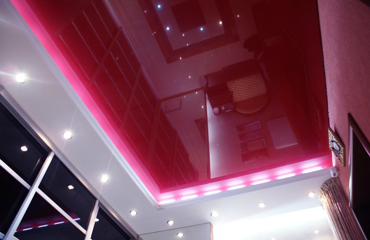 Фото 1 - Бесщелевой потолок с подсветкой