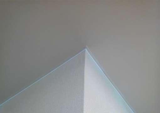 Фото 27 – Правильная работа с углами и натяжным потолком