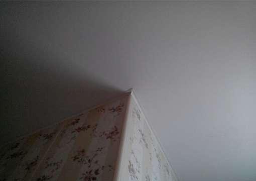 Фото 30 – Правильная работа с углами и натяжным потолком