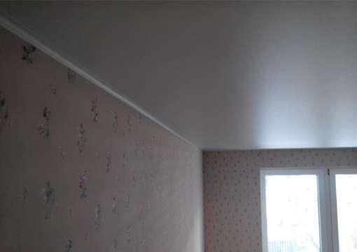 Фото 14 – Правильная установка профиля для натяжного потолка