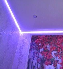 Монтаж подсветки в натяжном потолке